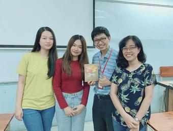 Ngày Nhà giáo Việt Nam 20.11: Hạnh phúc khi trò thành đạt vẫn nhớ thầy cô