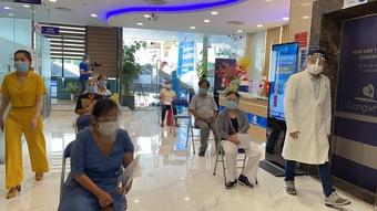 Bệnh viện tham gia chiến dịch tiêm vắc xin ngừa Covid-19