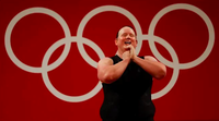 Vận động viên cử tạ chuyển giới muốn giải nghệ sau Olympic 2020