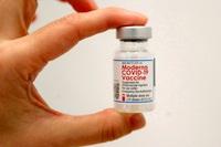 Hãng Moderna công bố hiệu quả ấn tượng của vắc xin Covid-19