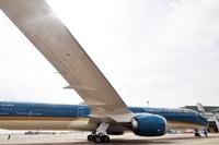 Huy động gấp máy bay lớn nhất Việt Nam chở 300 y bác sĩ Hà Nội vào TPHCM