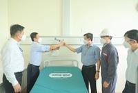 Bàn giao thiết bị điều trị cho bệnh nhân Covid-19 tại TP. Hồ Chí Minh