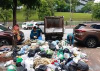 Hà Nội: Công nhân môi trường khốn khổ vì bị nợ lương, lâm cảnh nợ nần chồng chất