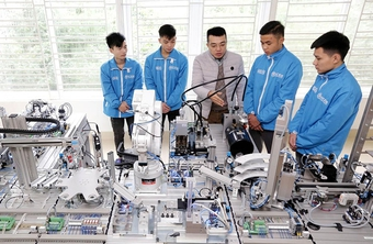 Giáo dục nghề nghiệp tuyển sinh gần 650.000 học sinh trong 6 tháng đầu năm