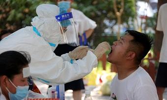 Thành phố Trung Quốc trừng phạt hàng loạt quan chức vì để bùng dịch
