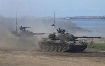 Chính quyền Biden thông qua thương vụ bán vũ khí đầu tiên cho Đài Loan
