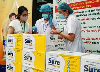 Vinamilk đẩy mạnh hành trình tiếp sức tuyến đầu trong giai đoạn cao điểm chống dịch tại 50 bệnh viện trên cả nước