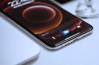 Siri trên iPhone khiến người dùng Trung Quốc giận sôi máu