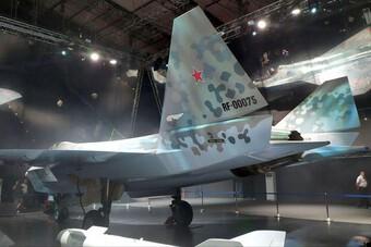 [ẢNH] Ấn Độ loại F-35, chọn gấp Su-75 để đối đầu J-20 Trung Quốc?