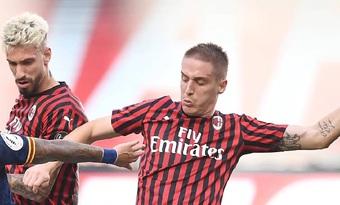 Thua Valencia, sếp lớn Milan trảm thẳng tay 2 cái tên