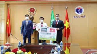 Bộ Y tế tiếp nhận gói hỗ trợ phòng chống COVID-19 từ Saudi Arabia