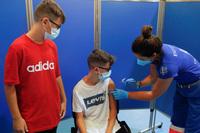 Học sinh trở lại trường, Mỹ đẩy nhanh phê duyệt vắc xin COVID-19 cho trẻ