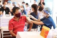 Bộ Y tế hỏa tốc yêu cầu tiêm vaccine COVID-19 theo đúng hướng dẫn