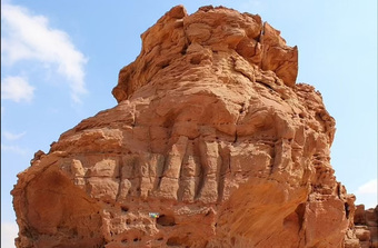 """Nền văn minh """"vượt thời gian"""" 8.000 năm trước hiện ra giữa sa mạc"""