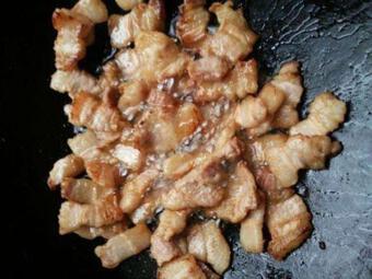 Đổi món với cách nấu cải thảo và thịt ba chỉ ngon tuyệt