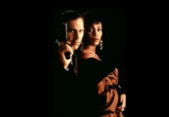 Hollywood làm lại phim 'The Bodyguard'
