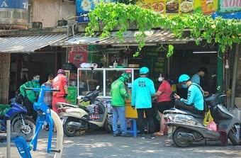 Đề xuất các điều kiện để cho ''shipper'' chạy trở lại tại Hà Nội