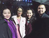 Hình ảnh chồng Lan Khuê sang Mỹ cổ vũ Phạm Hương dự thi Hoa hậu bị đào lại, liệu có mối quan hệ nào chăng?