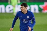 Chuyển nhượng Chelsea: Tranh wonderkid với Barca; Đạt thỏa thuận hợp đồng