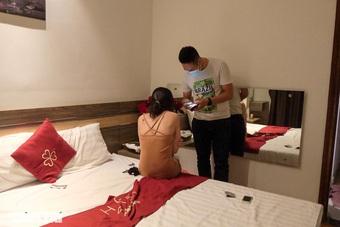 """Vụ mại dâm ở """"vùng đỏ"""": Bắt giữ chủ và quản lý khách sạn"""