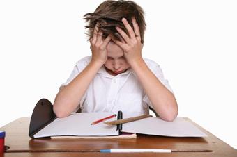 Một người mẹ hay cáu kỉnh có thể ảnh hưởng tới sự phát triển chiều cao và khả năng học tập của trẻ