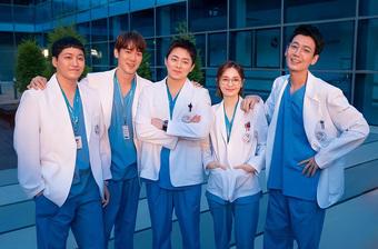 Rating tập cuối Hospital Playlist 2 lập kỷ lục cao chạm đỉnh, thế nhưng có vượt được thành tích mùa 1?