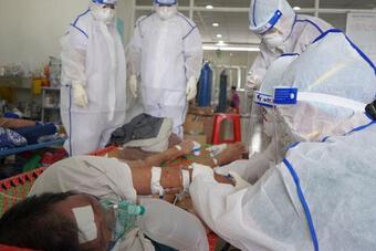 Nhật ký bác sĩ điều trị F0 chứng kiến giây phút sự sống và cái chết
