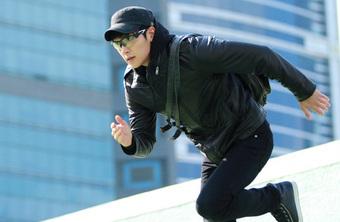 """Trước khi thành """"nam thần quốc dân"""", Ji Chang Wook từng có quá khứ đại ca giang hồ, lăn lộn đánh nhau xước xát thế này"""