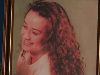 Nữ nhà báo xinh đẹp biến mất tại nhà trọ để lại bức thư dang dở cùng những vết máu và bí ẩn 27 năm chưa có lời giải
