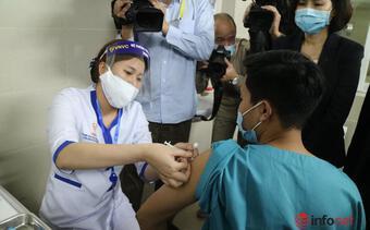 Người không chịu tiêm vắc xin Covid-19, để lây bệnh có thể bị phạt tù