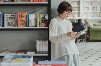 Giới trẻ đọc sách in và sách online khác ra sao?