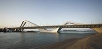 Cầu Trần Hưng Đạo với phong cách xứ Đông Dương: Chuyên gia chê chắp vá