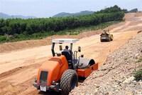 Không để chậm tiến độ dự án thành phần trên cao tốc Bắc-Nam phía Đông