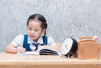 Giúp con trẻ tự tin, sống độc lập nhờ thiết lập thói quen này