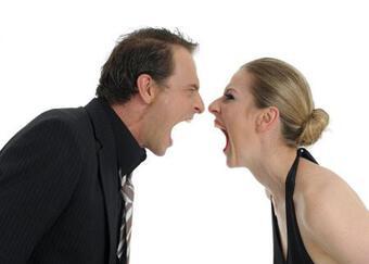 """Vợ chồng khắc khẩu, biết 5 điều này sẽ nhanh chóng biến cơn giận thành cuộc """"yêu"""" mãnh liệt"""