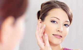7 sai lầm skincare khiến mụn ngày càng mọc nhiều, làn da xuống cấp