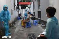 """Ổ dịch mới tại vùng xanh: Hà Nội có nên ngừng """"nới lỏng"""" giãn cách?"""