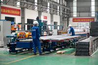 Các doanh nghiệp ''vùng xanh'' Hà Nội tái sản xuất