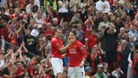 Ronaldo từng đốt lưới West Ham bằng... đùi