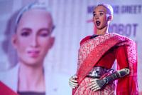 Nữ robot nổi tiếng từng tuyên bố sẽ hủy diệt loài người sẽ được sản xuất hàng loạt