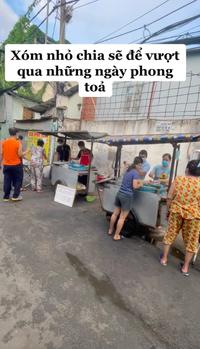 Xe hủ tiếu gõ đặc biệt nhất Sài Gòn, tấm biển nhỏ xíu nhưng đã tiết lộ chủ nhân của nó là người như thế nào