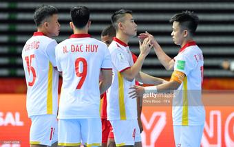 Tuyển Việt Nam gặp tin kém vui, ngập tràn khó khăn ở World Cup