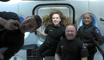 Các phi hành gia không chuyên trong sứ mệnh ''Inspiration4'' trở về Trái Đất an toàn