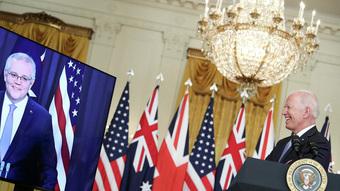 """Hóa ra Pháp """"tức sôi máu"""" với Mỹ-Úc không phải vì 40 tỷ USD: Lý do đơn giản là đây!"""