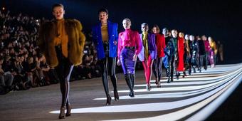 Saint Laurent trở lại Tuần lễ Thời trang Paris: Điều gì đã khiến nhà mốt thay đổi quyết định?
