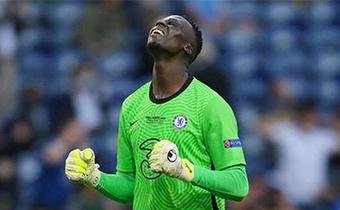 Chuyển nhượng Chelsea: Đón tin vui từ Mino Raiola; Tranh máy quét với Juventus