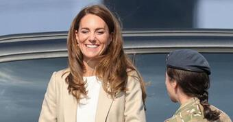 Công nương Kate lần đầu lộ diện sau nghi vấn mang bầu lần 4 và ''mất tích'' hơn 2 tháng