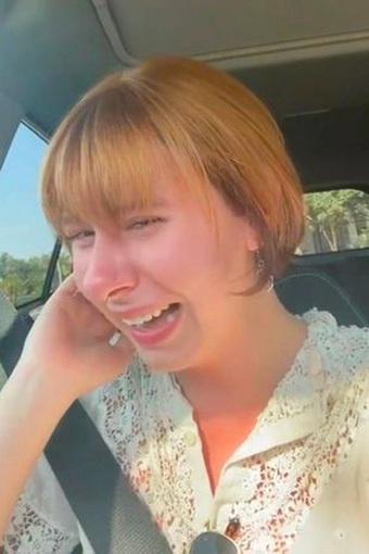 """Chi hẳn 7 triệu để làm tóc cho sang xịn, cô nàng khóc cạn nước mắt khi nhìn thấy """"bà thím"""" trong gương, đớn đau không của riêng ai!"""