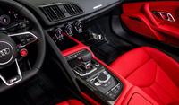 Audi R8 Spyder 2021 mà Nguyễn Quốc Cường từng quan tâm được chào giá 14 tỷ đồng, rẻ hơn nhiều so với anh em Lamborghini Huracan
