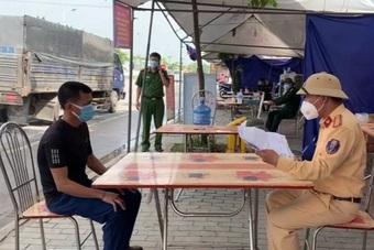Tài xế sửa ngày phiếu xét nghiệm, chạy xe vượt chốt từ Hà Nội tới Hải Dương